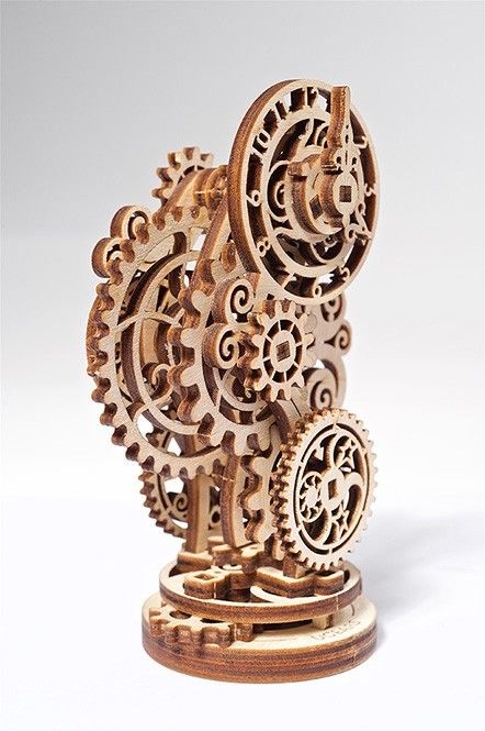 UGears Steampunk Clock - 43 pieces (Easy)
